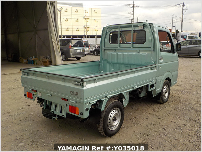 It is a picture of the green suzuki carry truck in 2019,Sub Photo 2 Stock No.Y035018