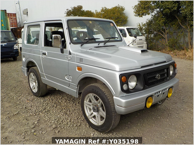 It is a picture of the silver suzuki jimny in 1996,Sub Photo 0 Stock No.Y035198