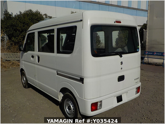 It is a picture of the white suzuki every passenger van in 2019,Sub Photo 3 Stock No.Y035424