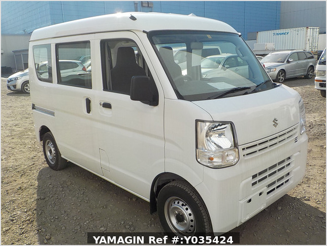 It is a picture of the white suzuki every passenger van in 2019,Sub Photo 0 Stock No.Y035424