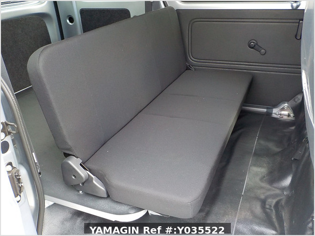 It is a picture of the silver daihatsu hijet passenger van in 2020,Sub Photo 14 Stock No.Y035522