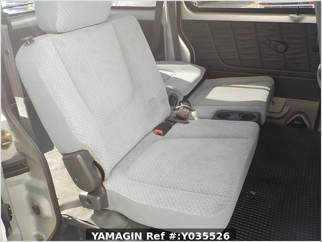 It is a picture of the silver suzuki every passenger van in 2004,Sub Photo 11 Stock No.Y035526