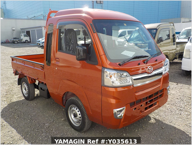 It is a picture of the orange daihatsu hijet jumbo in 2021,Sub Photo 0 Stock No.Y035613