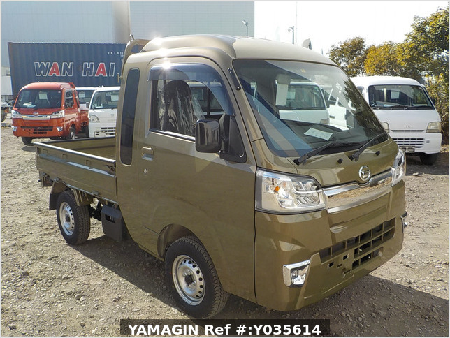 It is a picture of the khaki daihatsu hijet jumbo in 2021,Sub Photo 0 Stock No.Y035614