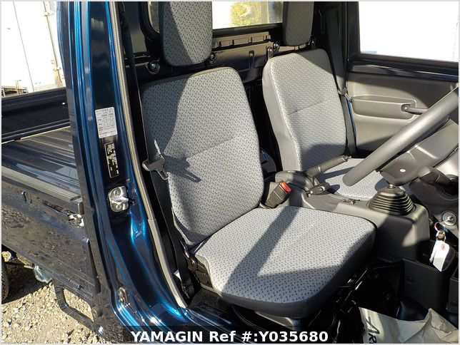 It is a picture of the dark blue suzuki carry truck in 2019,Sub Photo 5 Stock No.Y035680