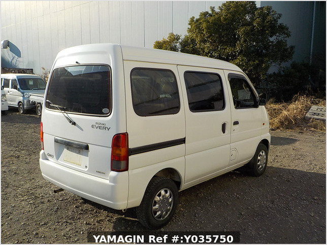 It is a picture of the white suzuki every passenger van in 2003,Sub Photo 2 Stock No.Y035750