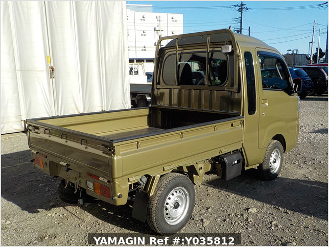 It is a picture of the khaki daihatsu hijet truck in 2020,Sub Photo 2 Stock No.Y035812