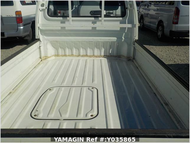 It is a picture of the white honda acty  truck in 1992,Sub Photo 9 Stock No.Y035865