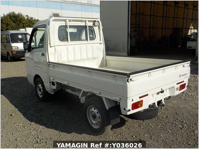 It is a picture of the white daihatsu hijet truck in 2015,Sub Photo 3 Stock No.Y036026