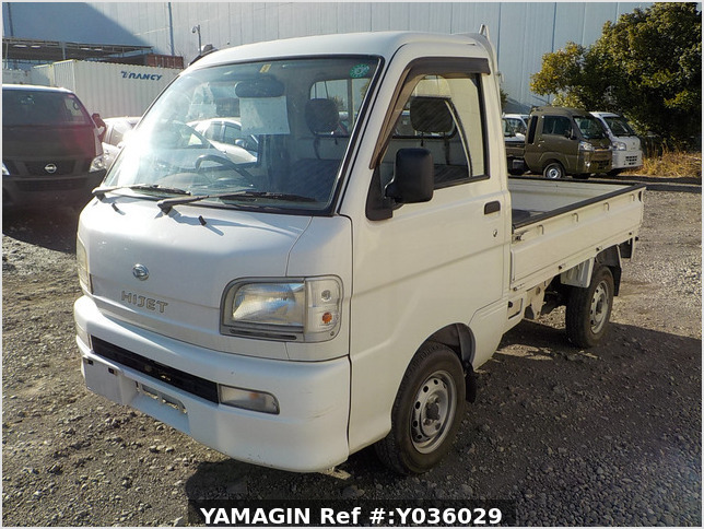 It is a picture of the white daihatsu hijet truck in 2003,Sub Photo 1 Stock No.Y036029
