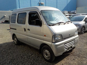 It is a picture of the silver suzuki every passenger van in 2005,First Photo Stock No.Y036030