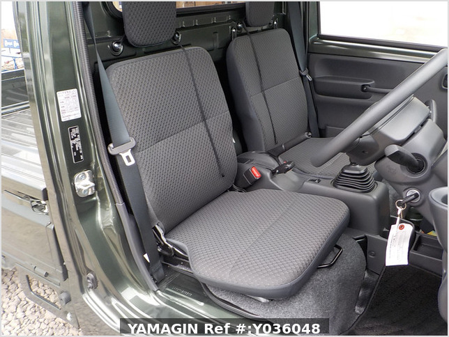 It is a picture of the khaki suzuki carry truck in 2020,Sub Photo 8 Stock No.Y036048