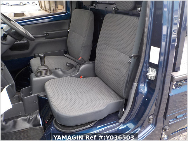 It is a picture of the navy blue suzuki carry  truck in 2014,Sub Photo 7 Stock No.Y036503