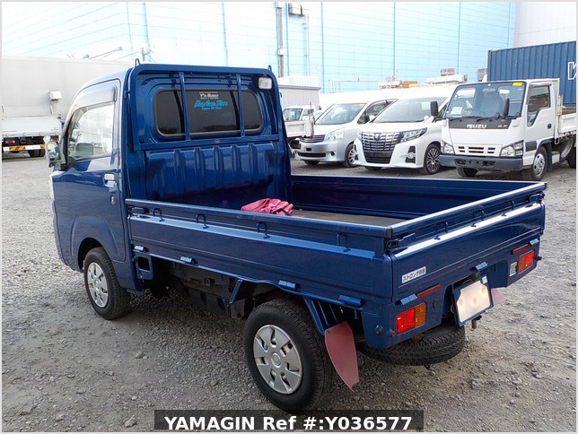 It is a picture of the blue daihatsu hijet  truck in 2014,Sub Photo 3 Stock No.Y036577