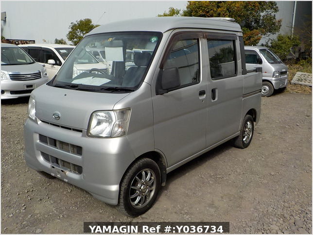 It is a picture of the silver daihatsu hijet  deck van in 2006,Sub Photo 1 Stock No.Y036734