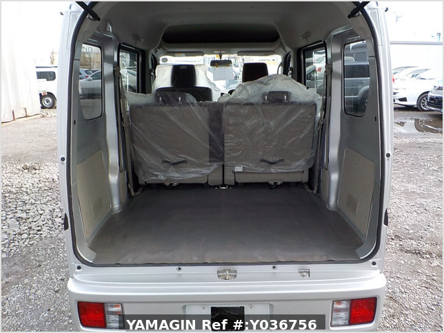 It is a picture of the silver suzuki every passenger van in 2018,Sub Photo 5 Stock No.Y036756