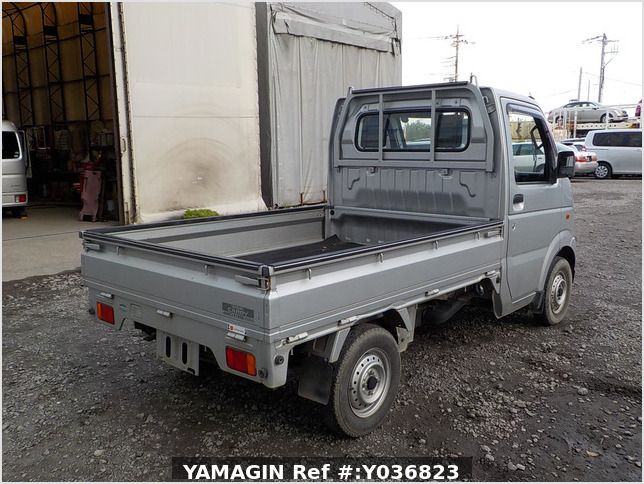 It is a picture of the gray suzuki carry truck in 2003,Sub Photo 2 Stock No.Y036823