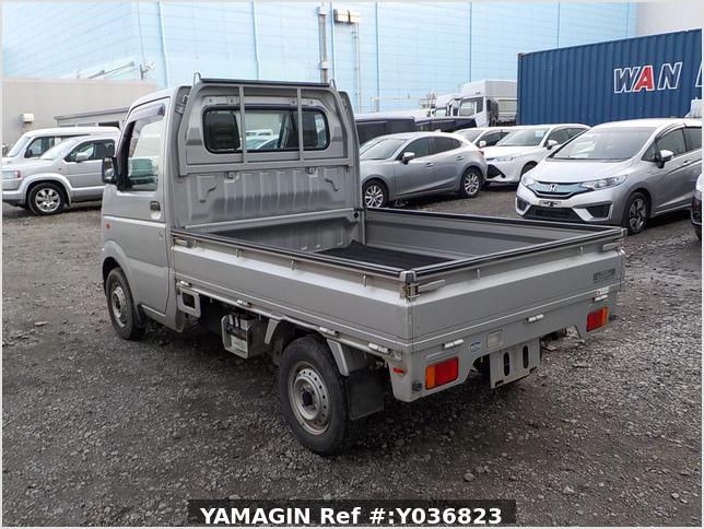 It is a picture of the gray suzuki carry truck in 2003,Sub Photo 3 Stock No.Y036823