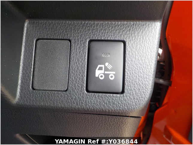 It is a picture of the orange daihatsu hijet jumbo in 2020,Sub Photo 10 Stock No.Y036844
