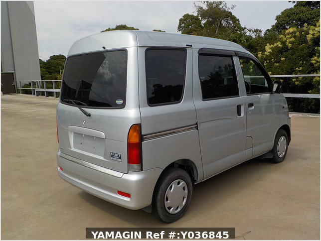 It is a picture of the silver daihatsu hijet  passenger van in 2002,Sub Photo 2 Stock No.Y036845