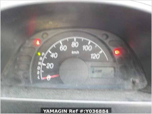 It is a picture of the white suzuki carry truck truck in 2007,Sub Photo 5 Stock No.Y036884