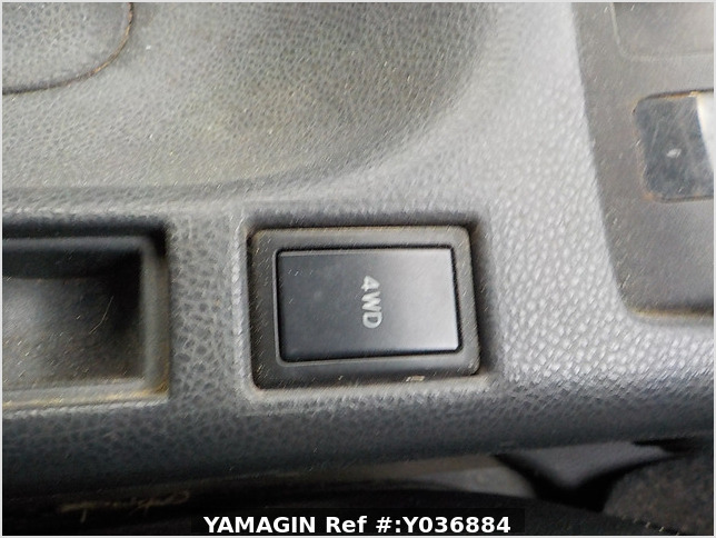 It is a picture of the white suzuki carry truck truck in 2007,Sub Photo 9 Stock No.Y036884