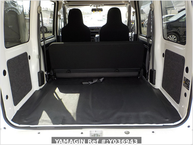 It is a picture of the white daihatsu hijet passenger van in 2020,Sub Photo 4 Stock No.Y036943