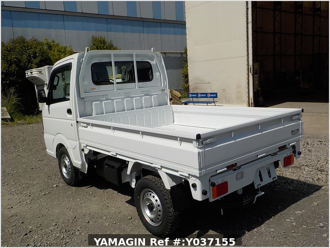 It is a picture of the white suzuki carry dump in 2021,Sub Photo 4 Stock No.Y037155