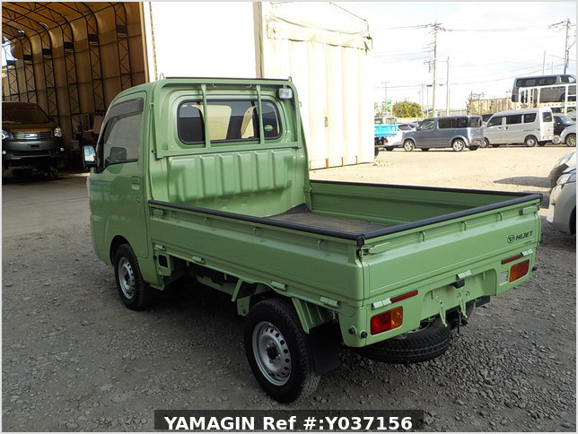 It is a picture of the green daihatsu hijet truck in 2017,Sub Photo 3 Stock No.Y037156