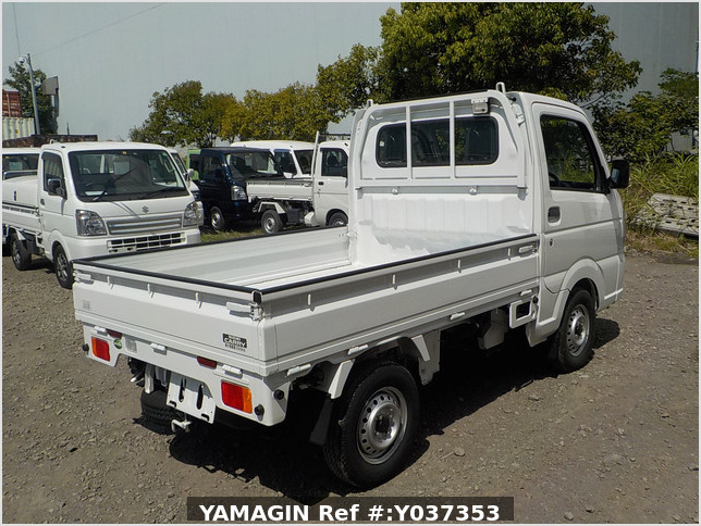 It is a picture of the white suzuki carry truck in 2020,Sub Photo 2 Stock No.Y037353
