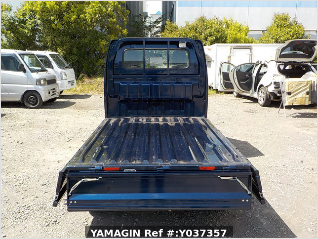 It is a picture of the blue suzuki carry truck in 2019,Sub Photo 4 Stock No.Y037357
