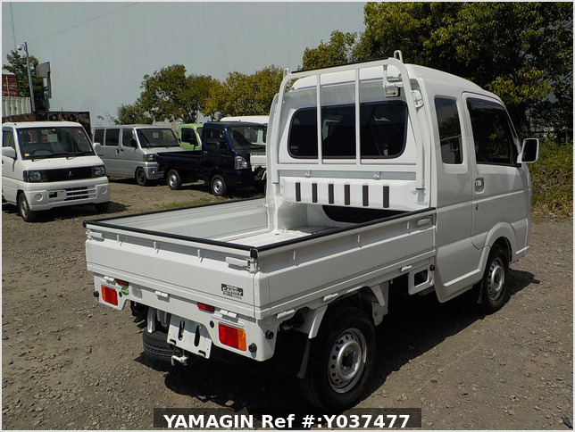 It is a picture of the white suzuki carry  jumbo in 2019,Sub Photo 2 Stock No.Y037477