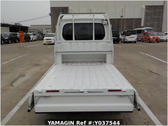 It is a picture of the white daihatsu hijet jumbo in 2020,Sub Photo 4 Stock No.Y037544