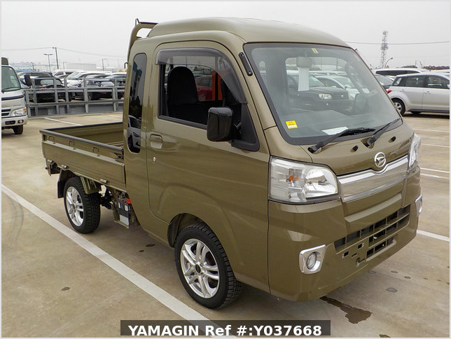 It is a picture of the khaki daihatsu hijet jumbo in 2017,Sub Photo 0 Stock No.Y037668