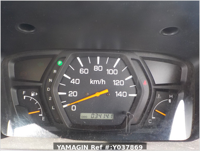 It is a picture of the silver nissan clipper passenger van in 2005,Sub Photo 10 Stock No.Y037869