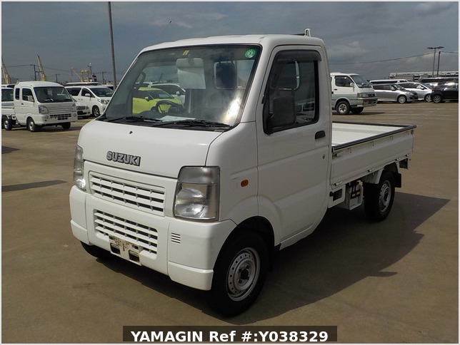 It is a picture of the white suzuki carry  truck in 2002,Sub Photo 1 Stock No.Y038329