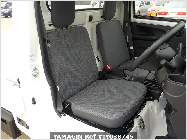 It is a picture of the white daihatsu hijet truck in 2021,Sub Photo 5 Stock No.Y038745