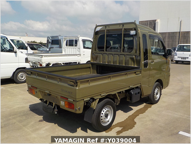 It is a picture of the green daihatsu hijet jumbo in 2017,Sub Photo 3 Stock No.Y039004