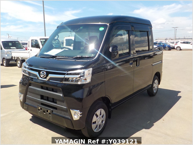 It is a picture of the black daihatsu hijet deck van in 2020,Sub Photo 1 Stock No.Y039121