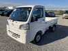 It is a picture of the white daihatsu hijet truck in 2021,Sub Photo 1 Stock No.Y040150