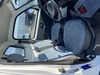 It is a picture of the white suzuki carry truck in 2001,Sub Photo 10 Stock No.Y040313